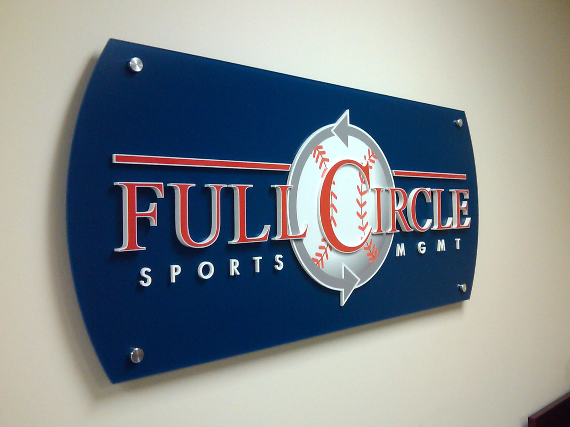 Full-Circle-Acrylic Panel lobby sign