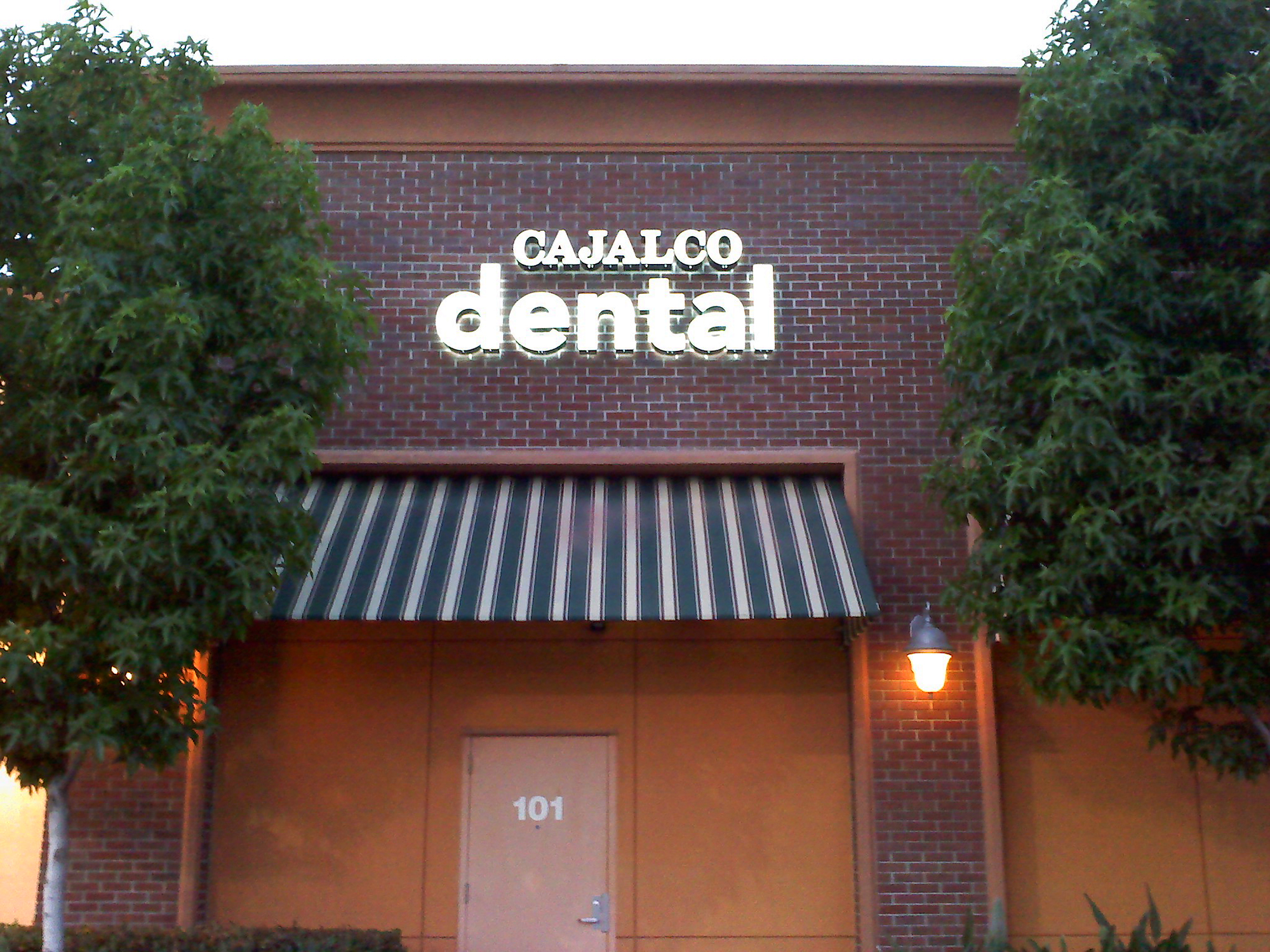 MacArthur Dentistry - halo lit channel letters, Newport Beach, CA
