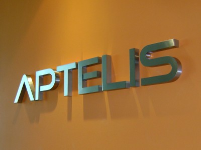 Aptelis-brushed-stainless-steel-channel-letters