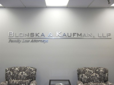 Blonska-Kaufman-Brushed-silver-laminate