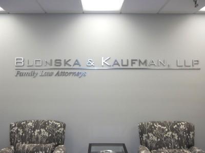 Blonska-Kaufman-Brushed-silver-laminate