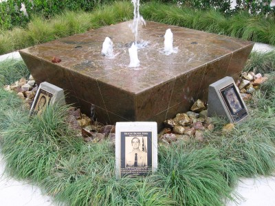 City-of-Buena-Park-Police-Dept.-Cast-Bronze-Plaques-with-Etched-Bronze-Photos