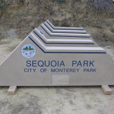 Concrete monument sign