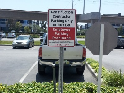 Contractor-parking-aluminum-sign-on-U-channel-post
