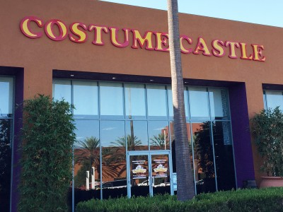 Costume-Castle-formed-plastic-letters