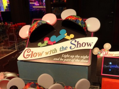 Disney-Glow-with-the-Show-retail-shelf-display-1