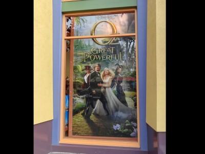 Disneyland-Retail-Window-Banner