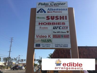 Edible-Arrangements-Pole-sign-insert