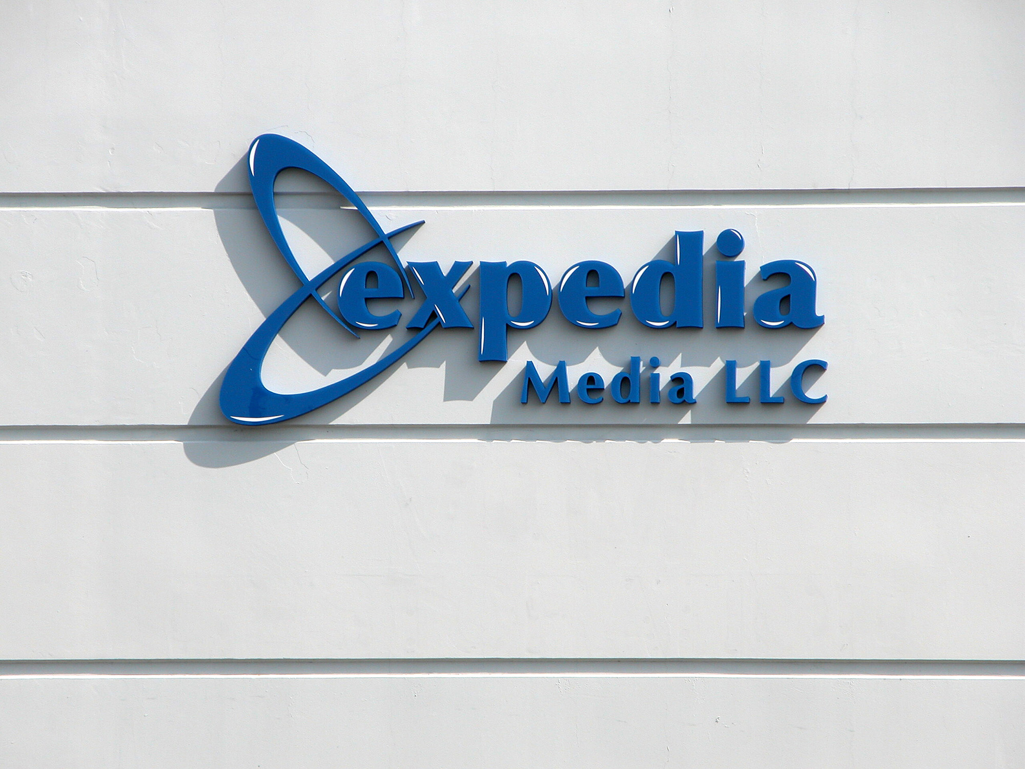Dimensional acrylic letters logos americas instant signs for Acrylic dimensional letters