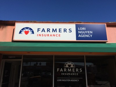 Farmers-Insurance-Lightbox-Cabinet-Face