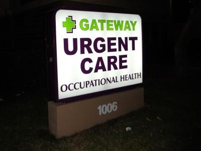 Gateway-Urgent-Care-lightbox-cabinet