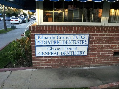Glassell-Dental-Sandblasted-Redwood-Sign