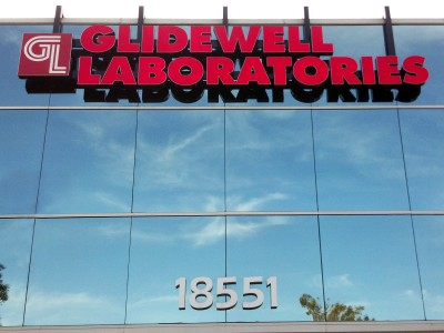 Glidewell-Laboratories-Front-lit-channel-letters-on-raceway-with-roof-hangers1