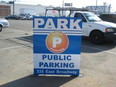 Huntington-Beach-A-Frame-Parking-Sign