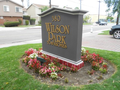 Huntington-Park-pre-fab-foam-monument-sign
