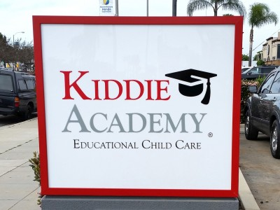 Kiddie-Academy-monument-sign