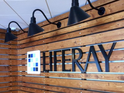 Liferay-Metal-Letters-with-Acrylic-logo