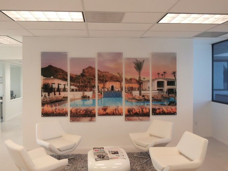 Paragon-Construction-Acrylic-panels-with-digital-print-on-2nd-surface