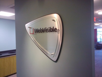 WebVisible-Brushed-Metal-Laminate-Base-with-Acrylic-Face-and-Standoffs