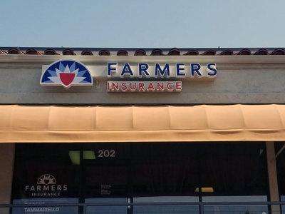 channel-letters-farmers-insurance