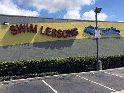 channel-letters-swim-school